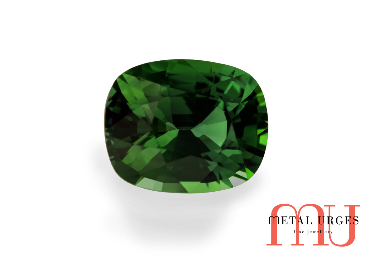 Natural Green sapphire, Cushion Cut Jewellers Hobart, Melbourne