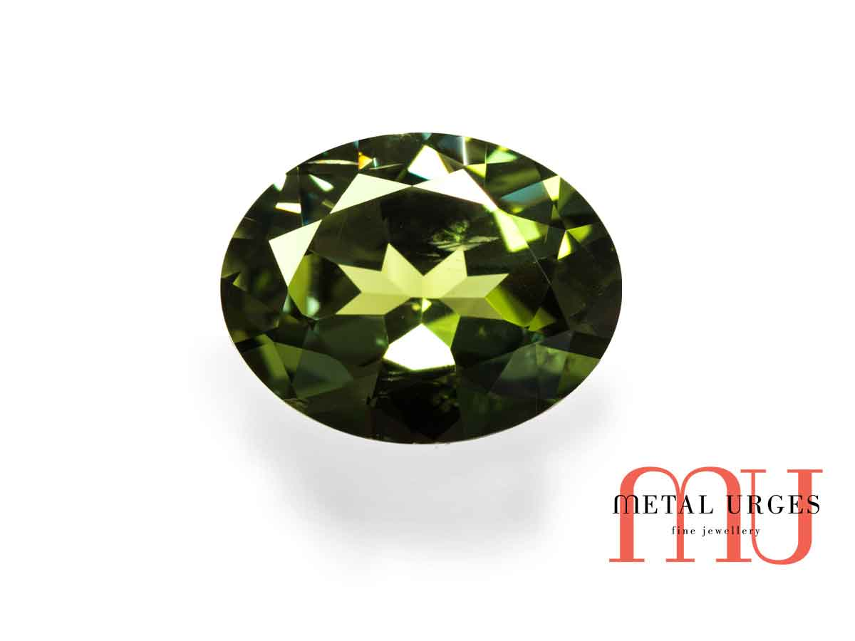 Natural Green sapphire, Oval Cut Jewellers Hobart, Sydney