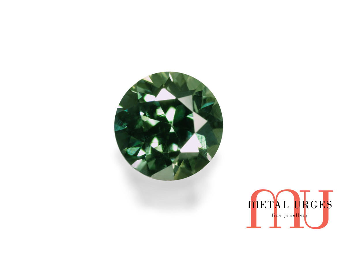 Round green sapphire, brilliant cut – Jewellers Hobart, Melbourne