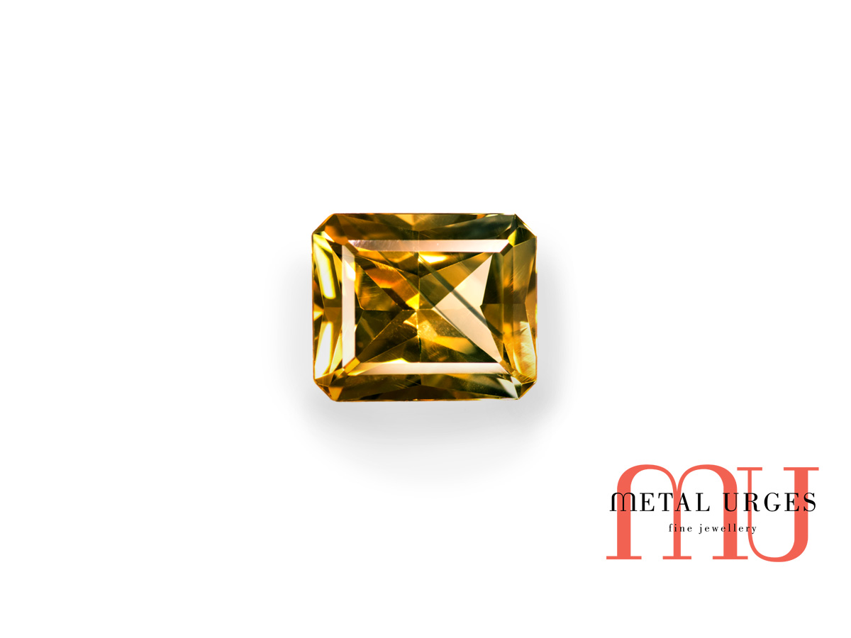 Yellow and green radiant cut parti sapphire