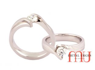 Diamond engagement rings melbourne Symetric bypass ring