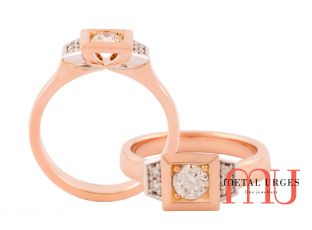 White diamond ring claw set in square setting with 18ct white and rose gold