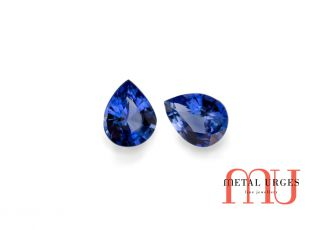 Blue pair of sapphires - pear shape