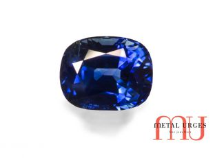 Natural blue sapphire, oval-cushion cut