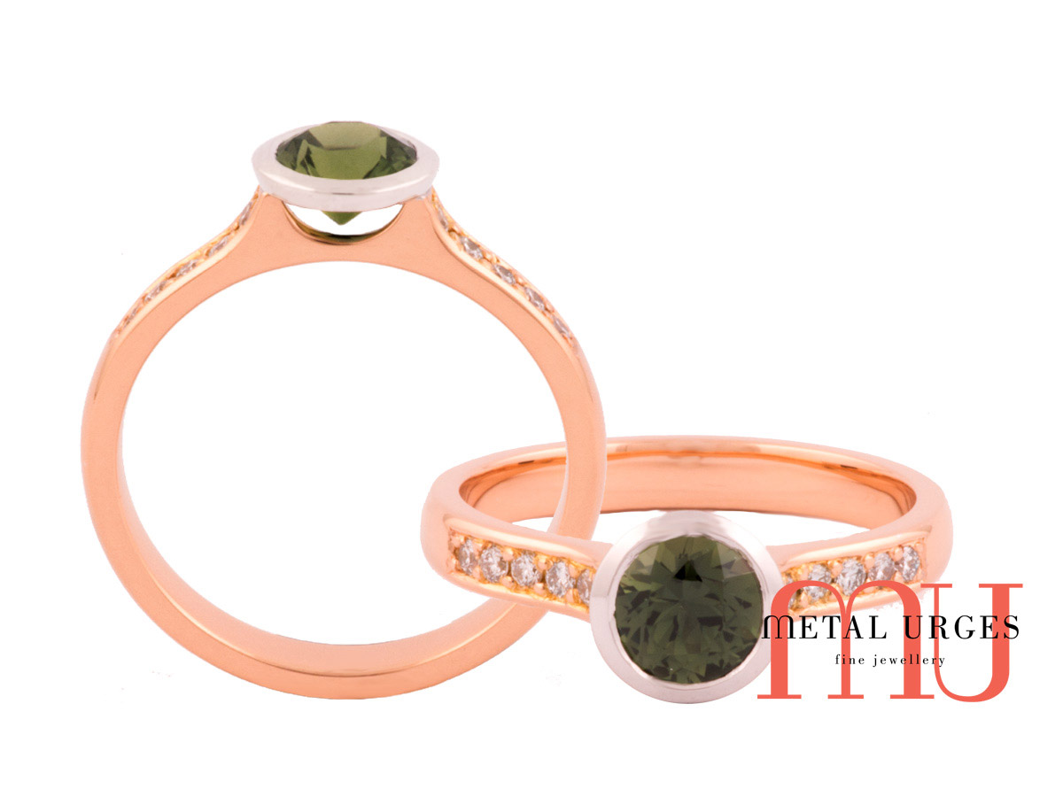 Green sapphire bezel set in 18ct white gold on an 18ct rose gold band